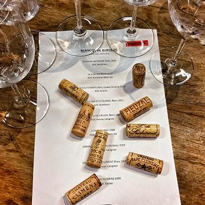 Cata de vinos blancos de Bordeaux